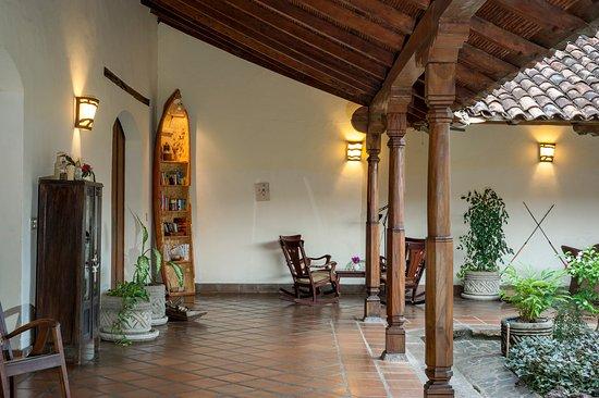 Hotel Patio del Malinche Photo
