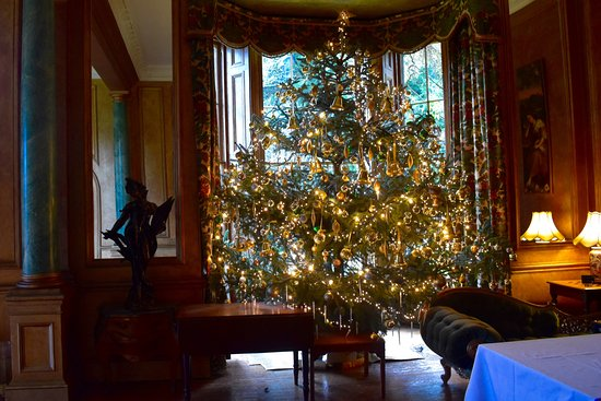Ardanaiseig Hotel: The Drawing Room at Christmas