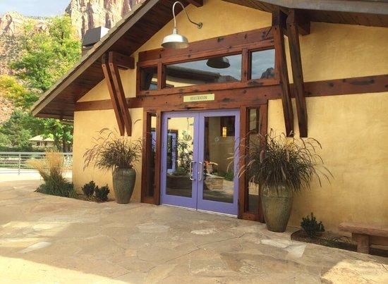 Desert Pearl Inn: photo0.jpg