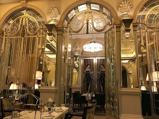 Claridge's: la grande salle du déjeuner