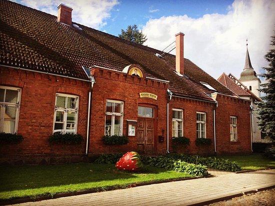 Viljandi, Estland: Kondase Keskus museum in the former pastorate building