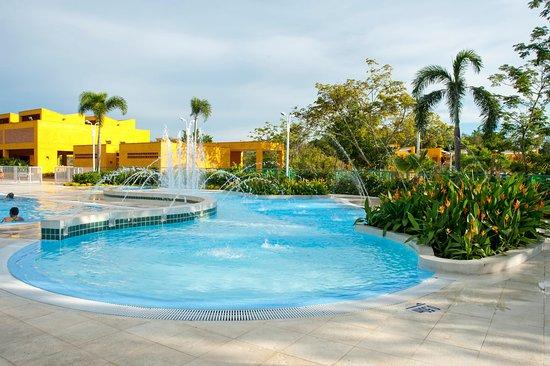 Lagosol hotel y centro de reuniones girardot colombia for Specialty hotels