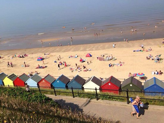 Mundesley, UK: The Beach Hut Cafe & Ice Cream Parlour