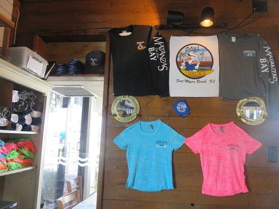Matanzas on the Bay: The little shop of souvenirs