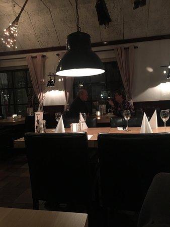 Nes, Nederländerna: De Hekseketel