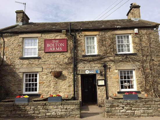 Redmire, UK: The lovely Bolton Arms
