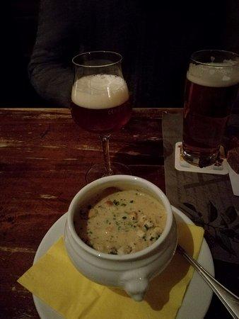 Hutt'n Essen & Trinken: zuppa di patate e carote