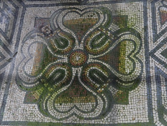 Pulborough, UK: Pattern mosaic