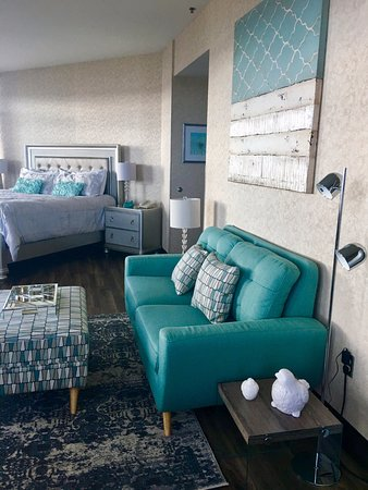 Lonsdale Quay Hotel: Waterfront Executive Room