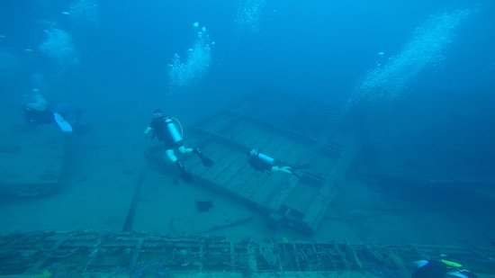 Scubafun: Blown-out cargo hold of the St George - about 120 feet (37m)