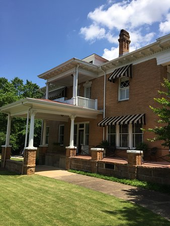 The Heritage House Boutique Bed & Breakfast