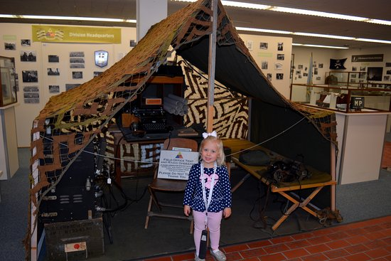 12th Armored Museum: Great displays