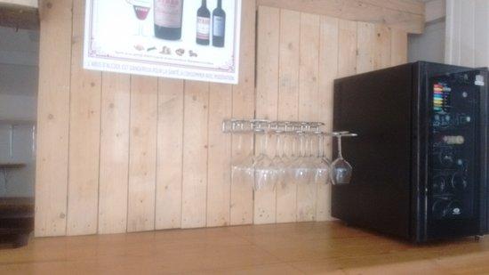 Vernet-Les-Bains, ฝรั่งเศส: Et un petit coin dégustation en after-work ou pour un moment entre amis...