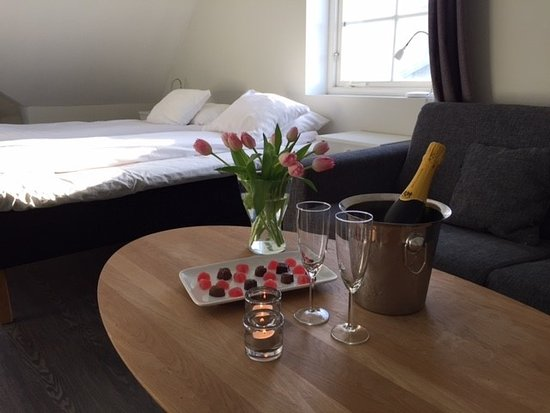 Hotell Trubaduren: Double room with romance package