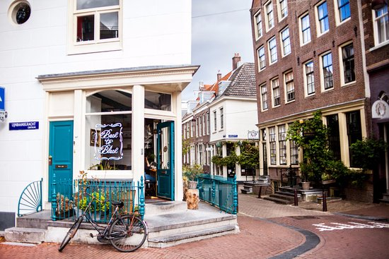 Photo of Modern European Restaurant Back to Black at Weteringstraat 48, Amsterdam 1017 SP, Netherlands