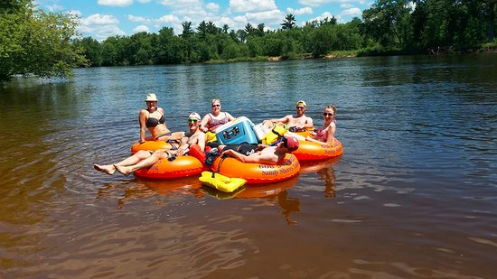 Mauston, WI: Grab your friends, a cooler and Sandy Shores Tubing will help you with the rest.