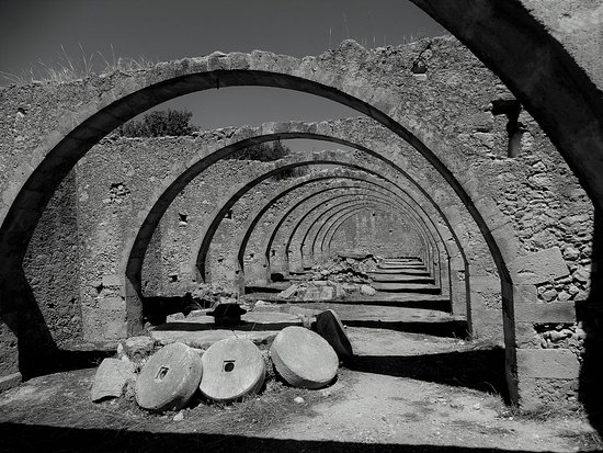 Vamos, กรีซ: Το λιοτρίβι