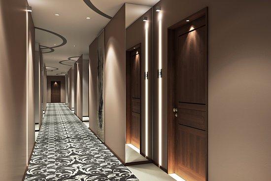 Hotel retlaw grand lobby picture for Hotel corridor decor