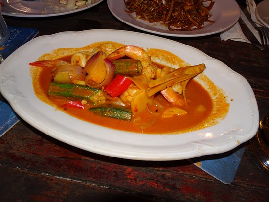 Cactus Restaurant: Red curry di pesce