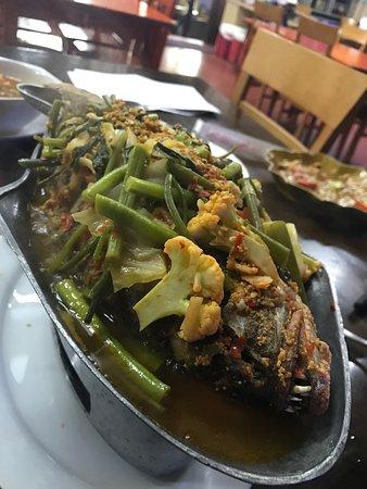 Anong thai restaurent johannesburg restaurant reviews for Anong thai cuisine