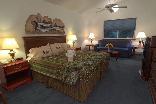 Frontier Suites Airport Hotel