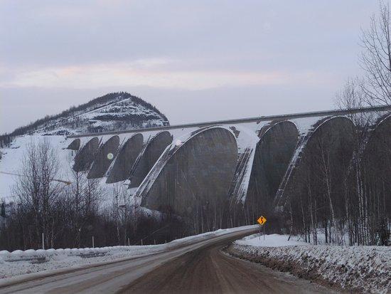 Daniel-Johnson Dam: depuis la fameuse 389 !