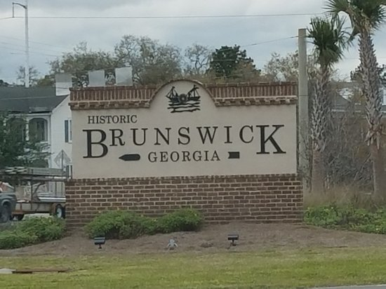 Great place to take a break from seeing the sights.  Home of Brunswick Stew. A 3 mast ship was t