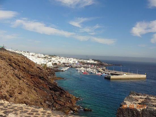 Puerto del carmen old harbour from walk from puerto calero - Lanzarote walks from puerto del carmen ...