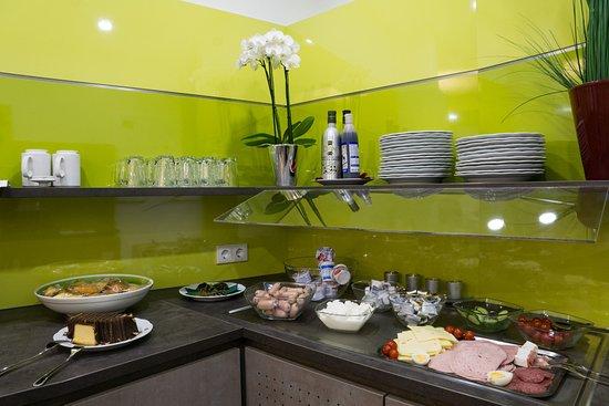 Hotel Löhr: breakfast buffet