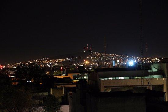 Hotel Casino Plaza: Guadalajara de noche