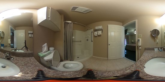 Donna, TX: 360 View of the bathroom with the camera on the counter