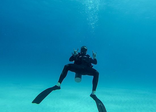 Planet Scuba Mexico: Our first open water dive