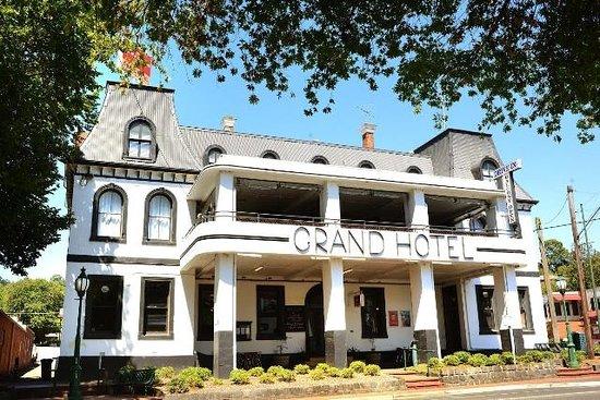 Healesville Grand Hotel