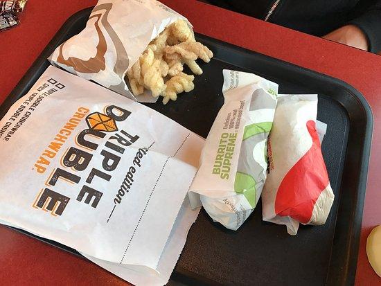 Zephyrhills, FL: Taco Bell