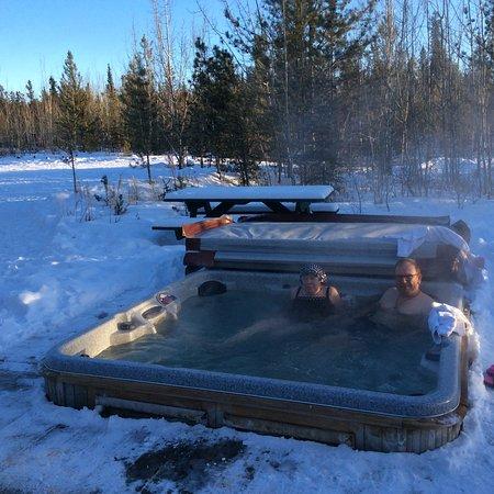 Sundog Retreat : Hot wirl Pool under the stars