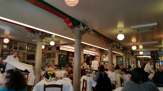 Trattoria da Romano: Inside is nice, it was sunny but no room for us outside. :-(