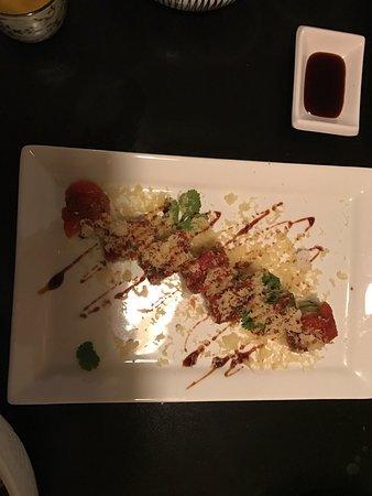 Yu-Mi Sushi Japanese Restaurant: photo2.jpg