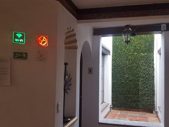 Hotel Real Guanajuato: vetrate frontali con zero privacy