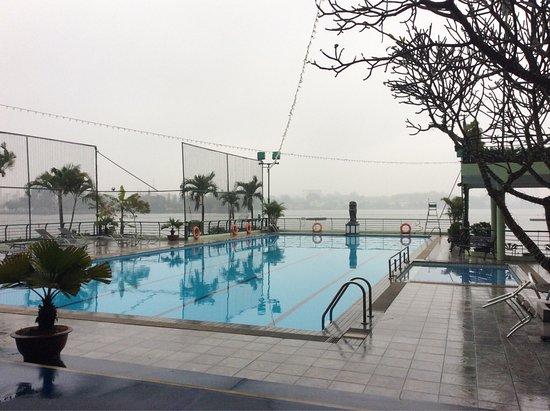 The Hanoi Club Hotel & Lake Palais Residences: photo1.jpg