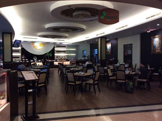 The Hanoi Club Hotel & Lake Palais Residences: photo3.jpg