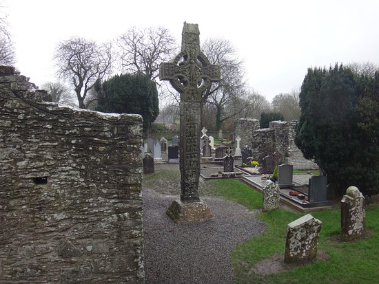 County Louth, Ierland: High Cross