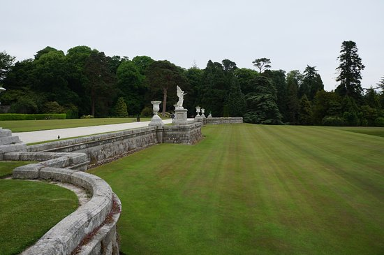 Powerscourt Gardens and House: Powers Court Gardens