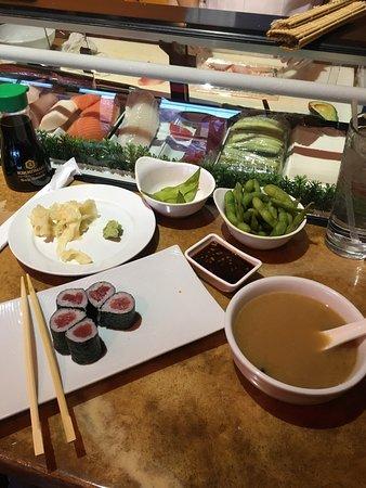 Sakana Sushi Bar and Grill: photo2.jpg