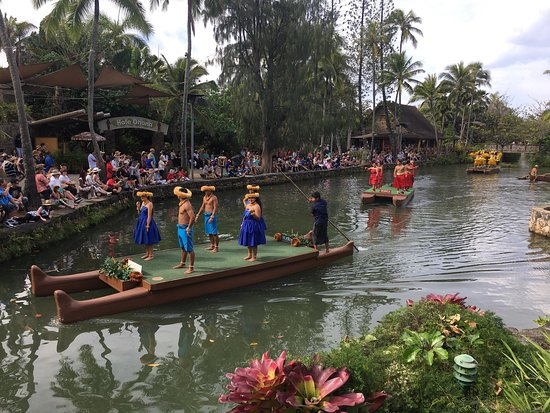 Polynesian Cultural Center: photo2.jpg