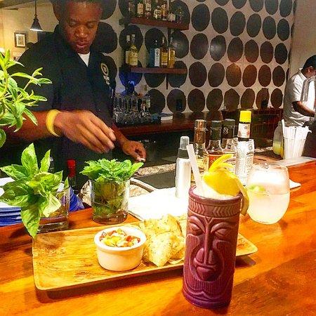 Πούντα Γκόρντα, Μπελίζ: Everning cocktails