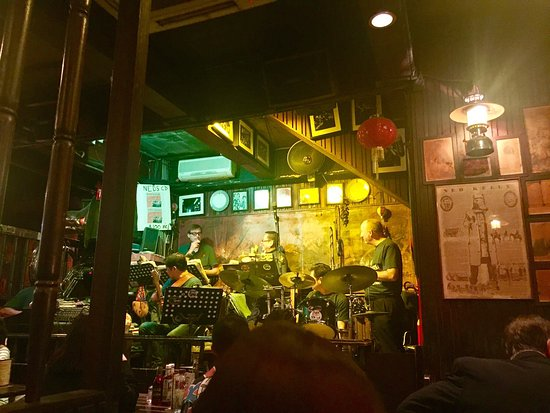 Photo of Bar Ned Kelly's Last Stand at 亞士厘道11號a, Hong Kong, Hong Kong