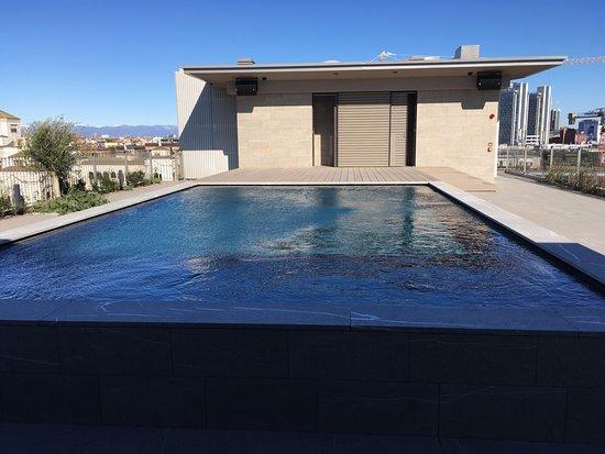 Rooftop Pool Picture Of Hotel Viu Milan Tripadvisor