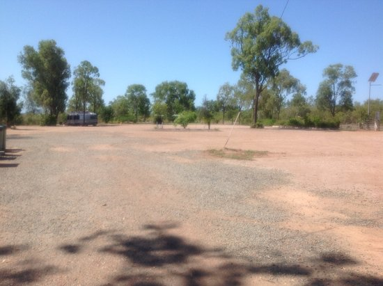 BarraCrab Caravan Park Clairview: One half of the campground