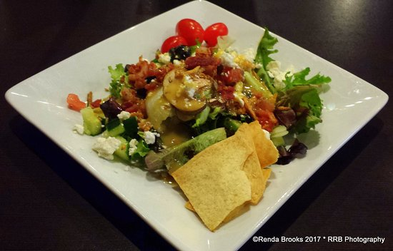 Aberdeen, SD: Salad from Garden Bar