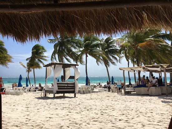 El Paraiso Restaurant And Beach Club